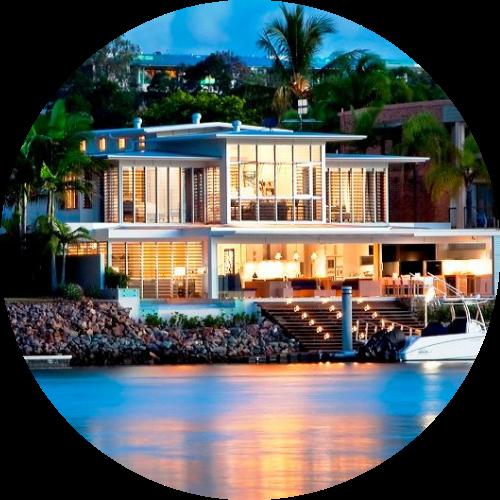 structural pine brisbane - modern home on the beach